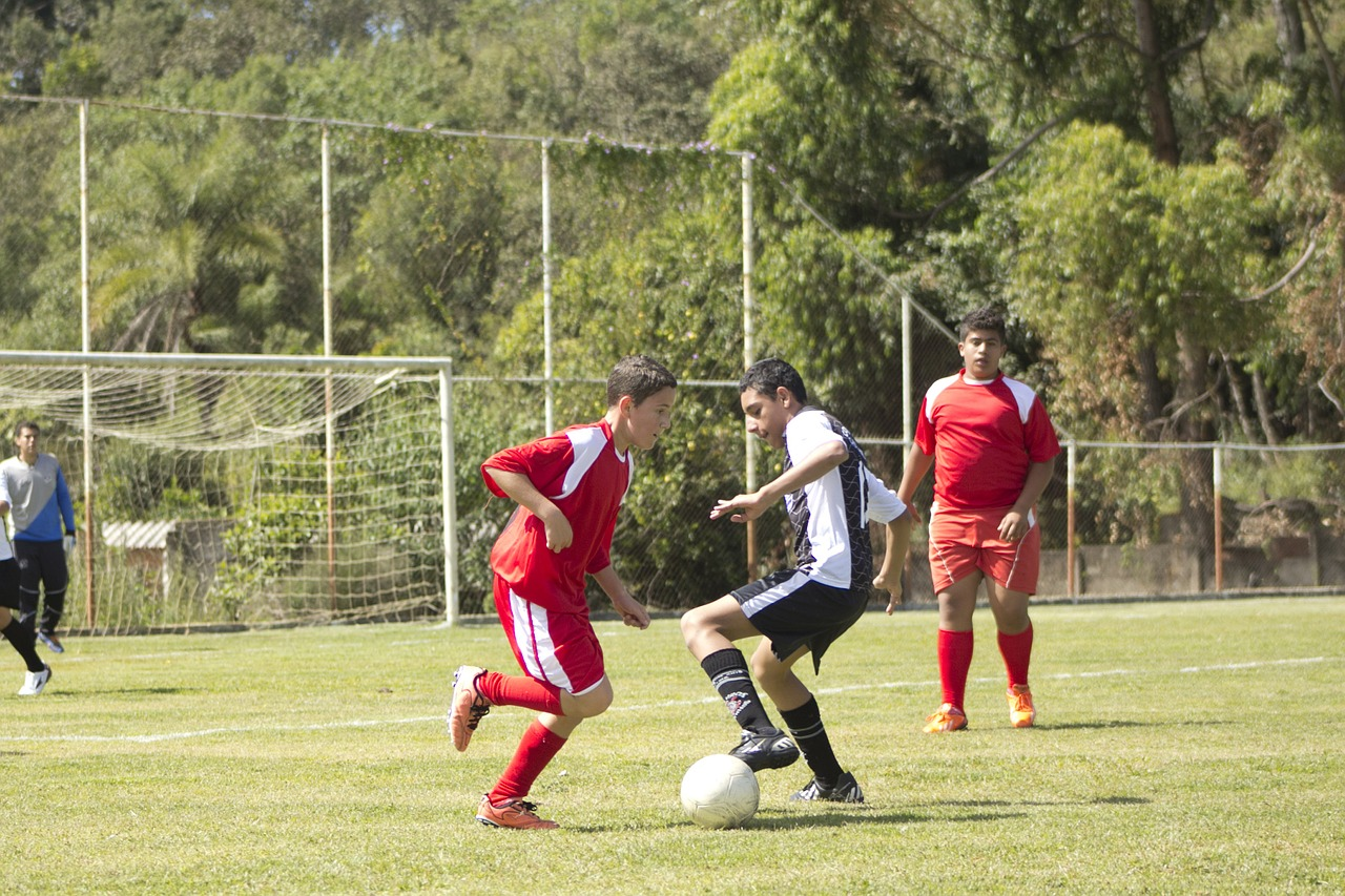 football-742576_1280